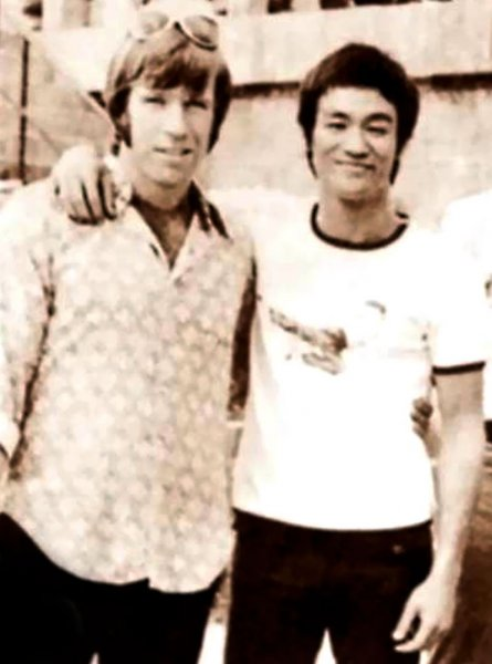 04-Chuck-Norris-and-Bruce-Lee