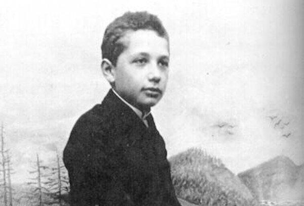 05-Albert-Einstein